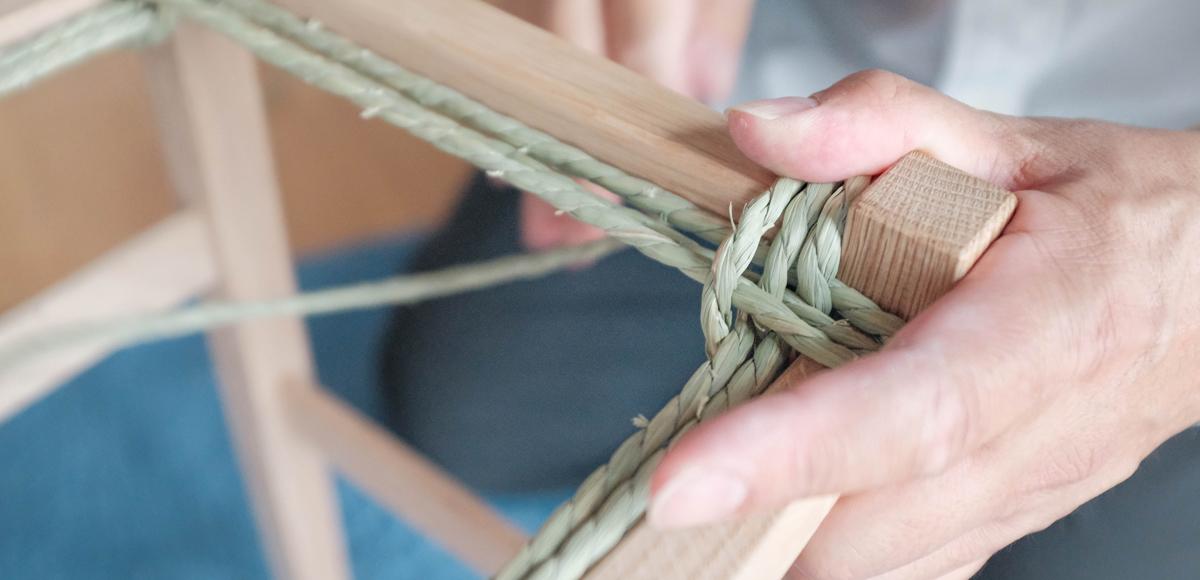 椅子のいぐさ編み